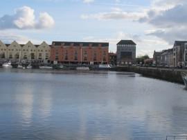 Galway ist eine vibrierende Hafenstadt, der die Iren südländisches Flair nachsagen.