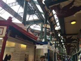 Leeds Kirkgate Market  ist eine bezaubernde, architektonisch beeindruckende Halle aus dem Jahr 1904.